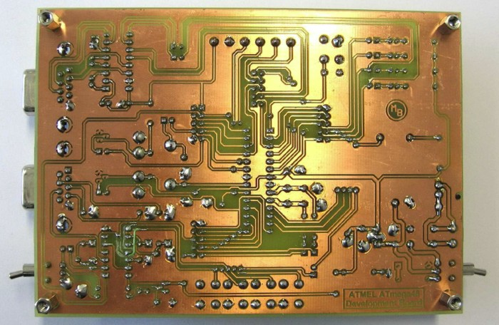 ATmega48/88/168 Development Board