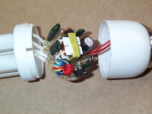 да вот незадача, большинство люминесцентных ламп имеют по 4 контакта (2 спирали), а моя как оказалось на поверку такая.