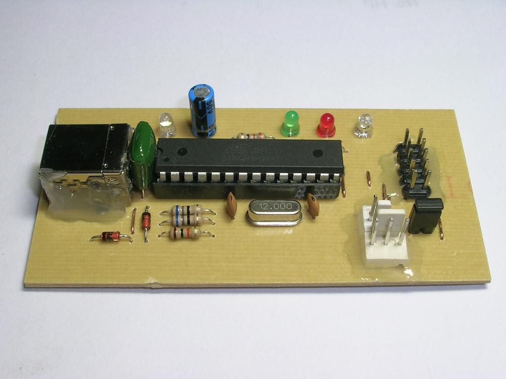 AVR IR Downloader: Host-device