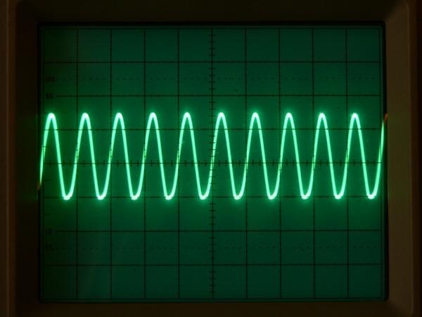 Осциллограмма синусоидального сигнала 5 кГц