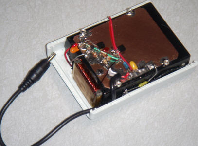 Solar Cell Phone Charger. Construction