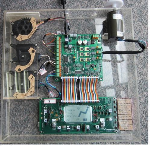 Блок-схема типового проекта RDS12HYHVAC.  Типовой проект Freescale RDS12HYHVAC с ЖК дисплеем и пультом дистанционного...