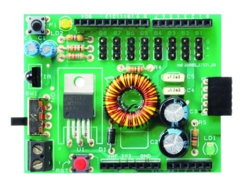 Внешний вид платы ра�ширени�, котора� позвол�ет и�пользовать платформу Arduino дл� управлени� роботом.