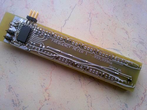 Вид печатной платы частотомера на микроконтроллере AVR.