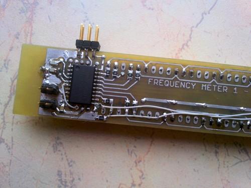 Вид печатной платы для частотомера на микроконтроллере AVR.