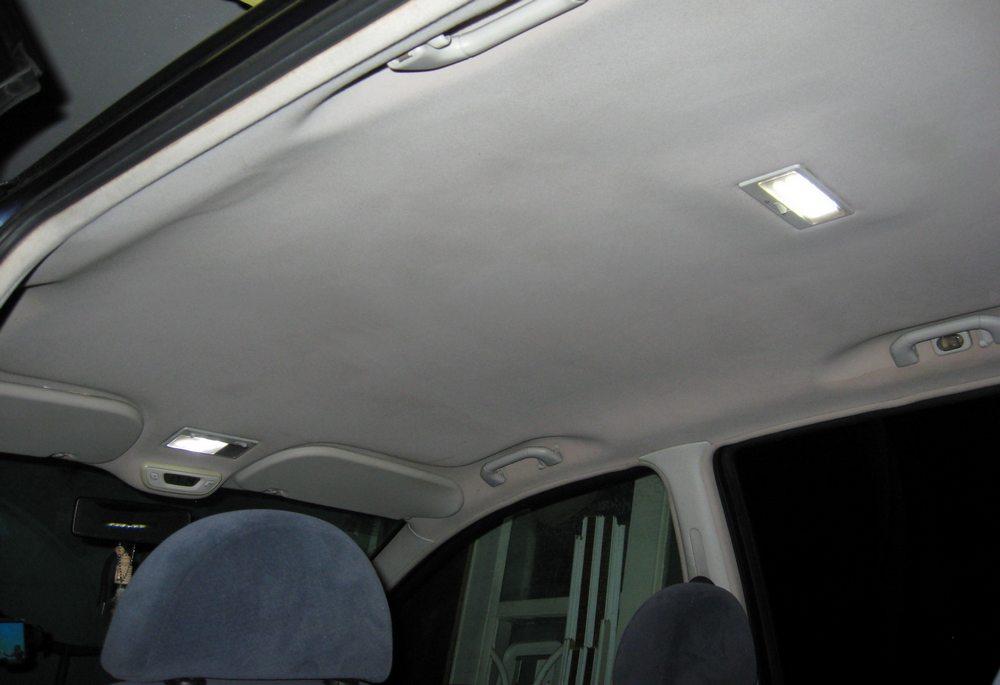 Верхние плафоны освещения салона VW Sharan
