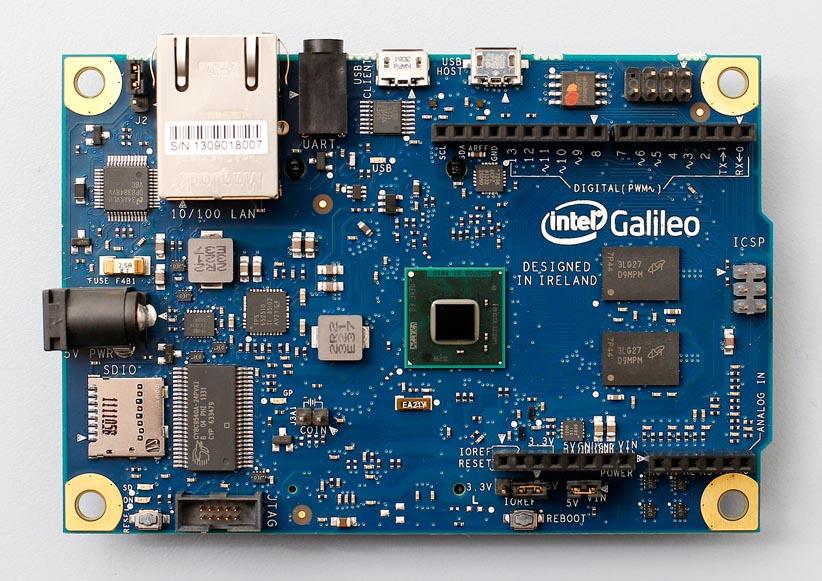 Гибридный микрокомпьютер от ARDUINO и Intel