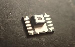 AKM выпускает сверхминиатюрный пассивный ИК датчик, пригодный для обнаружения человека