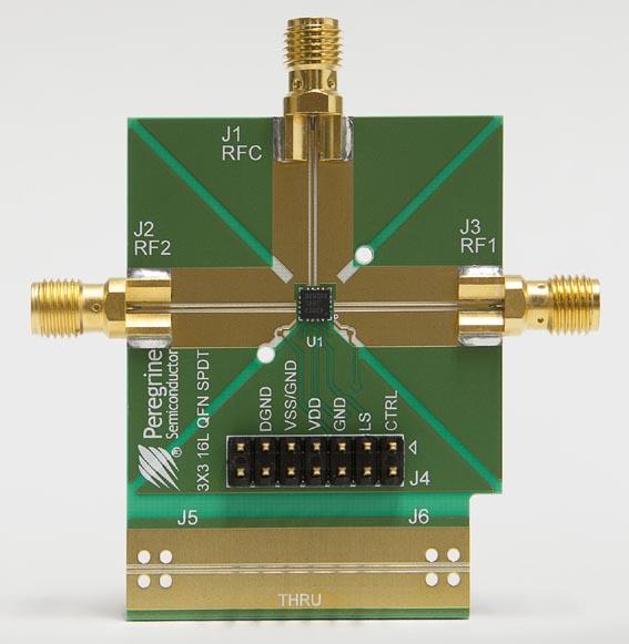 Оценочный набор для однополюсного высокочастотного коммутатора PE42823