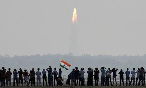 Росэлектроника разработает космическую СВЧ-электронику для Индии