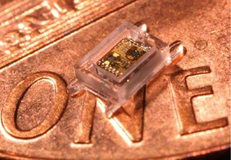 Твердотельные аккумуляторы могут быть размещены в одном корпусе с другими кристаллами