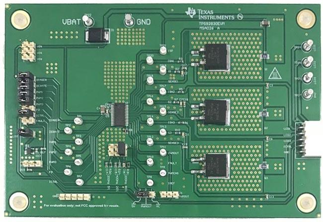 Оценочная плата трехканального сильноточного линейного контроллера светодиодов TPS92830-Q1