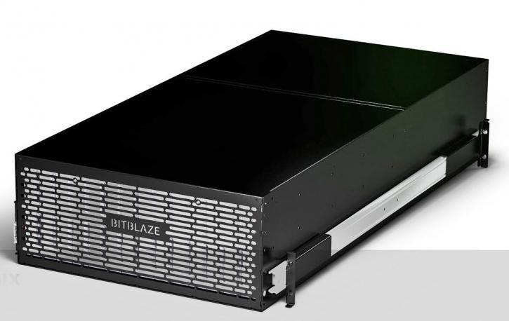 Премьера нового российского 56-дискового сервера на 8-ядерном Эльбрусе