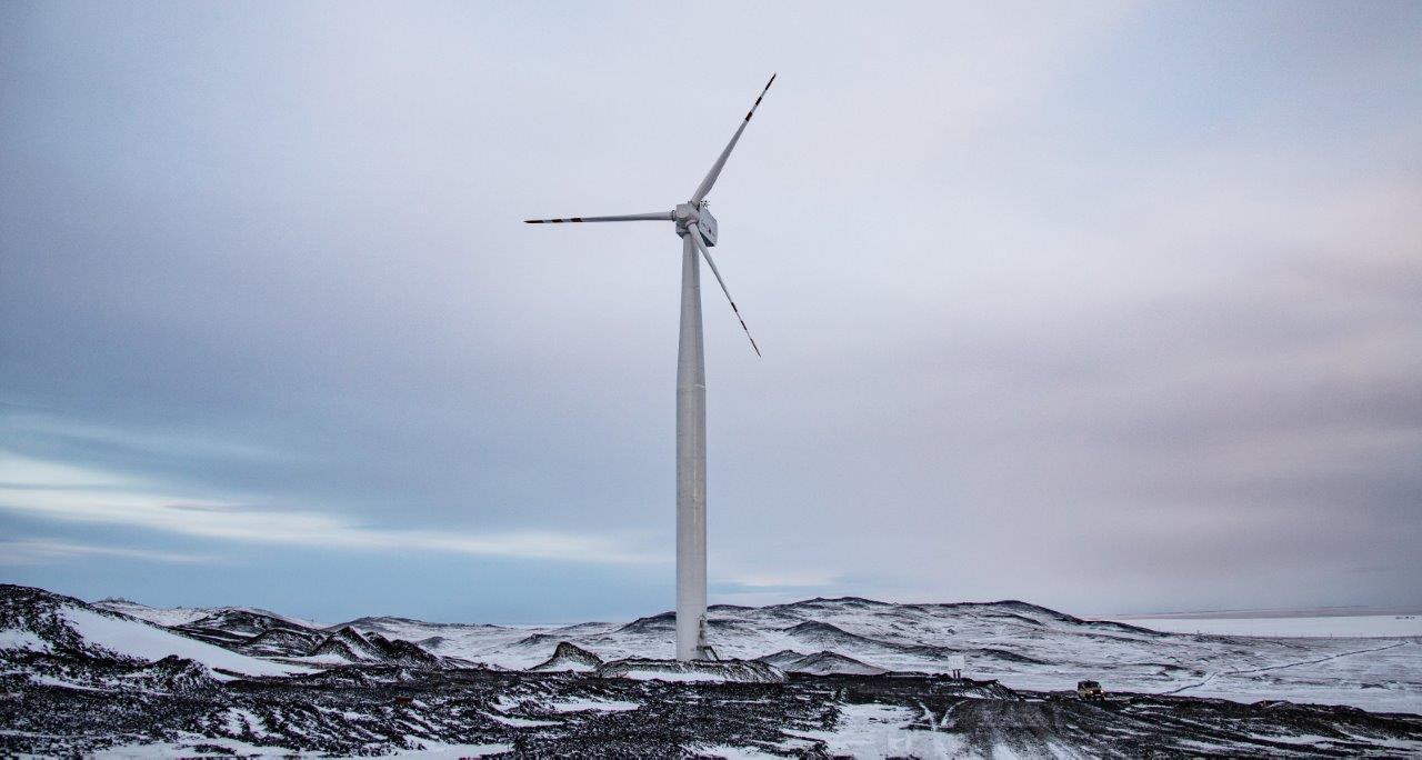 РусГидро ввела в эксплуатацию уникальную ветряную электростанцию в арктическом поселке Тикси