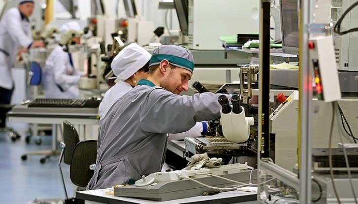 Созданы новые российские термостойкие материалы с низкой диэлектрической проницаемостью
