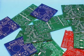 Solder masks can have different colors
