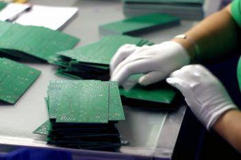 Проверка и подсчет изготовленных печатных плат