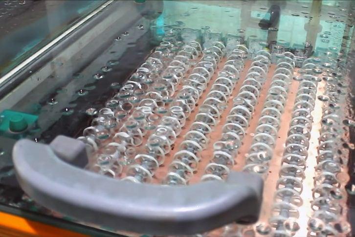 Биологическая ванночка для ориентировочной металлизации отверстий