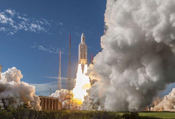 Старт ракеты «Ариан-5» со спутниками Galileo.