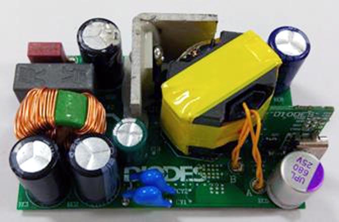 EV2 - оценочная плата 45-ваттного адаптера USB PD 3.0