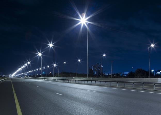 Росэлектроника оборудовала «умными» светильниками дороги в Ярославской области