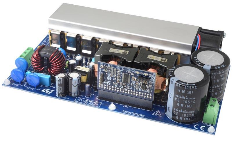 STEVAL-IPFC12V1: 2-киловаттный двухканальный многофазный корректор коэффициента мощности на основе цифрового контроллера STNRGPF12 с цифровым ограничением пускового тока