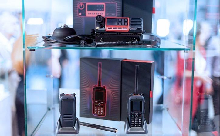 Представлены новые образцы российских мобильных систем связи