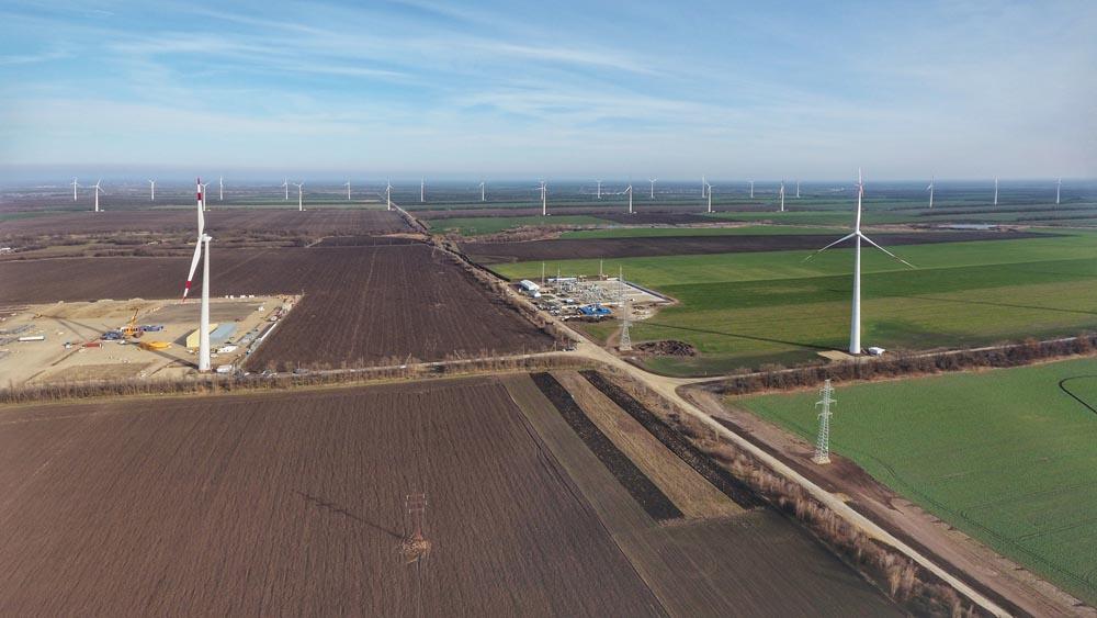 На ветроэлектростанции Росатома в Адыгее завершился первый этап физического ввода в строй ветроустановок