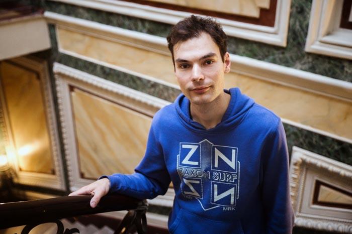 Максим Горлач