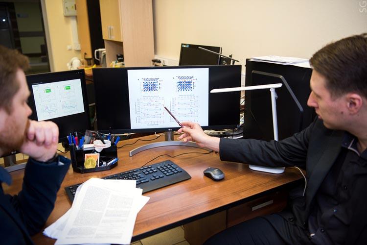 Новый материал наоснове графена позволит продлить срок службы устройств хранения данных