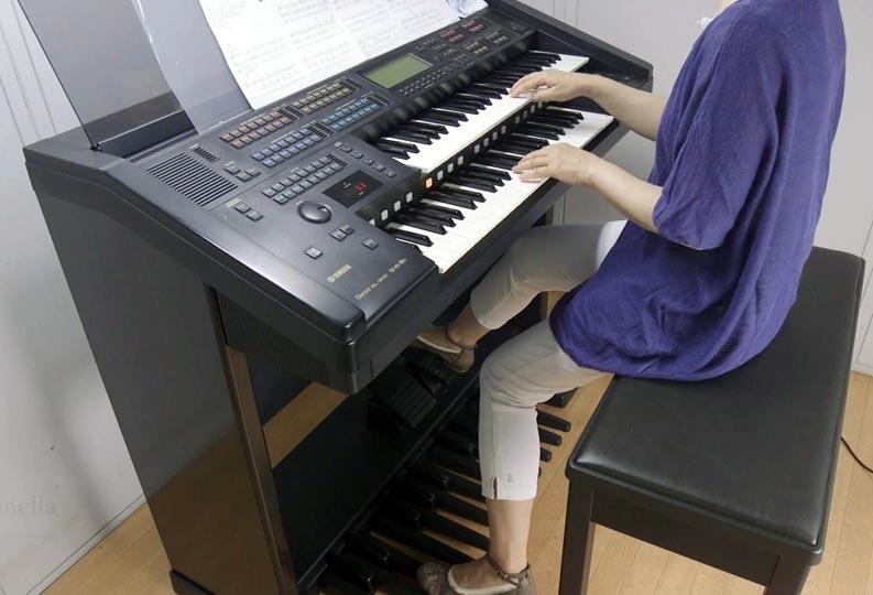 Электронный орган Electone EL900.