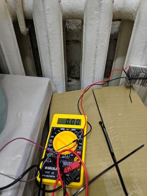 Установка системы на радиаторе отопления.