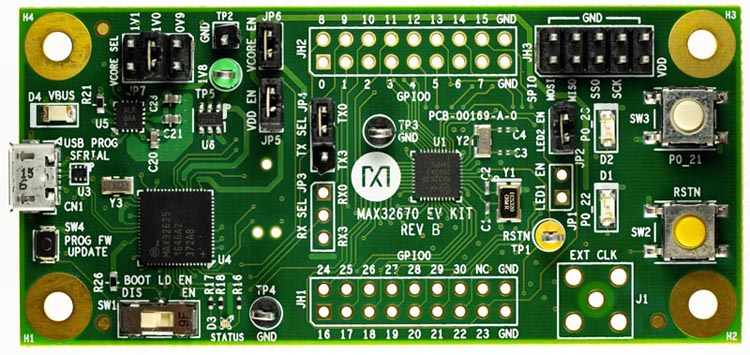 The MAX32670 evaluation kit