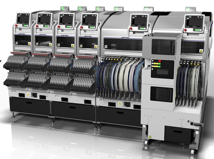Автомат установки компонентов Fuji NXT III.