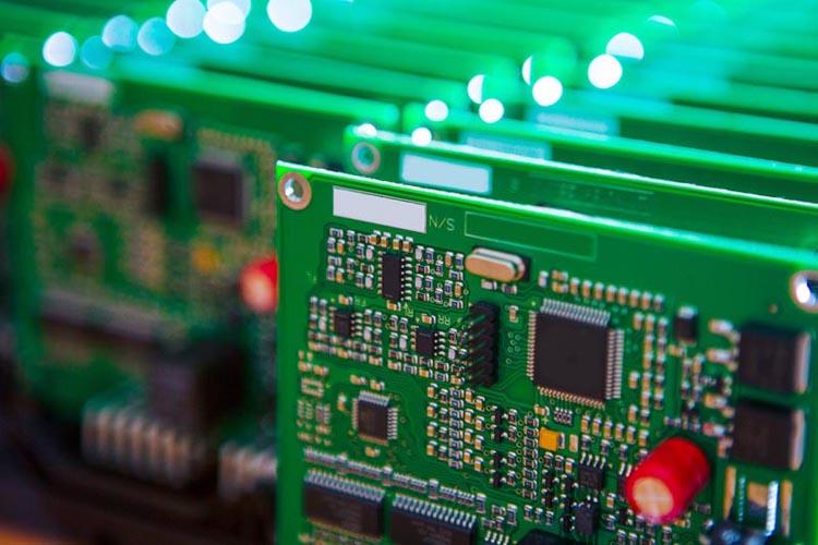 «Росэлектроника» разработает материалы для СВЧ-электроники нового поколения