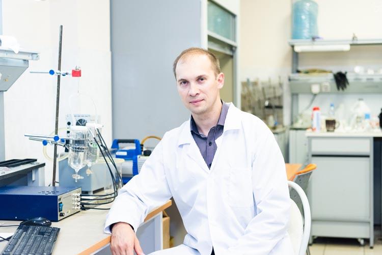 Ведущий эксперт кафедры ФНСиВТМ НИТУ «МИСиС» Игорь Бурмистров