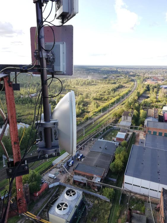 Infinet Wireless makes furthest wireless link in millimeter band