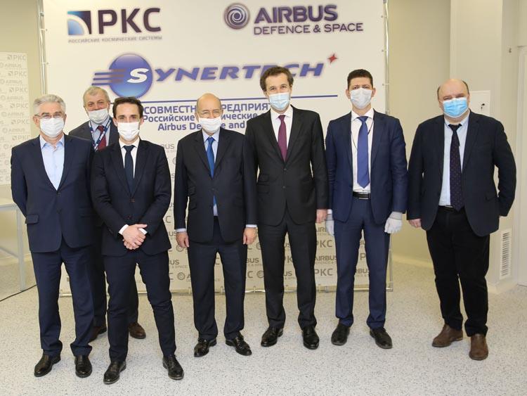 Министр транспорта Франции посетил совместное предприятие РКС и Airbus Defence and Space