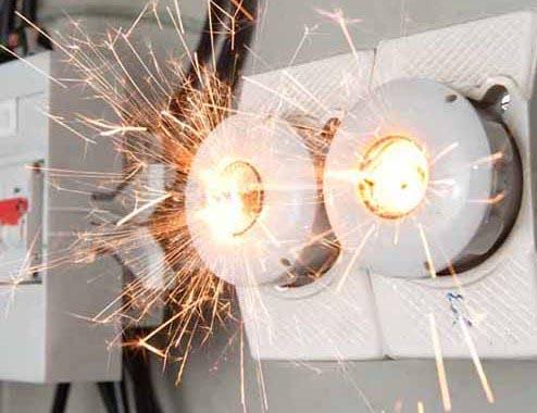 «Росэлектроника» начала выпуск устройств для предотвращения пожаров из-за неисправностей электропроводки