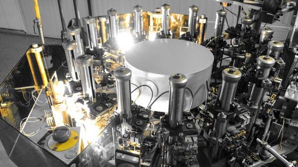 Росэлектроника выпустила 5-миллиардный геркон