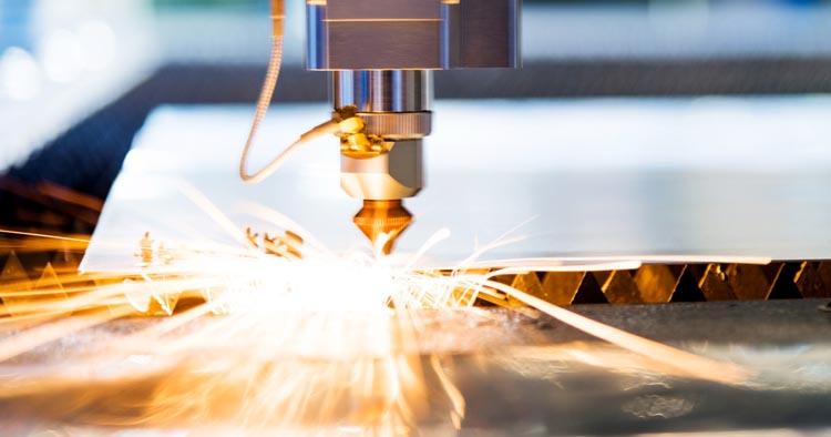 Стартап ФИОП РОСНАНО создал пикосекундный лазер для резки сапфиров и кремния