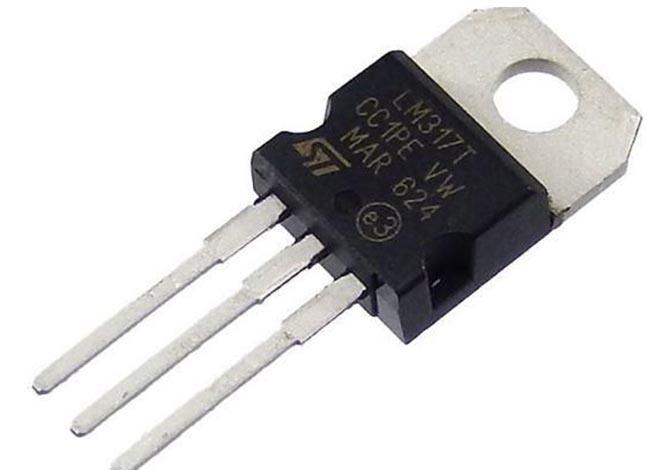 Простое приложение на микросхеме LM317